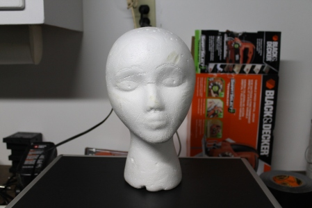 Basic mannequin head acquired by the highly recommended act of dumpster diving.